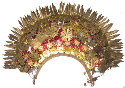 Minang Crown